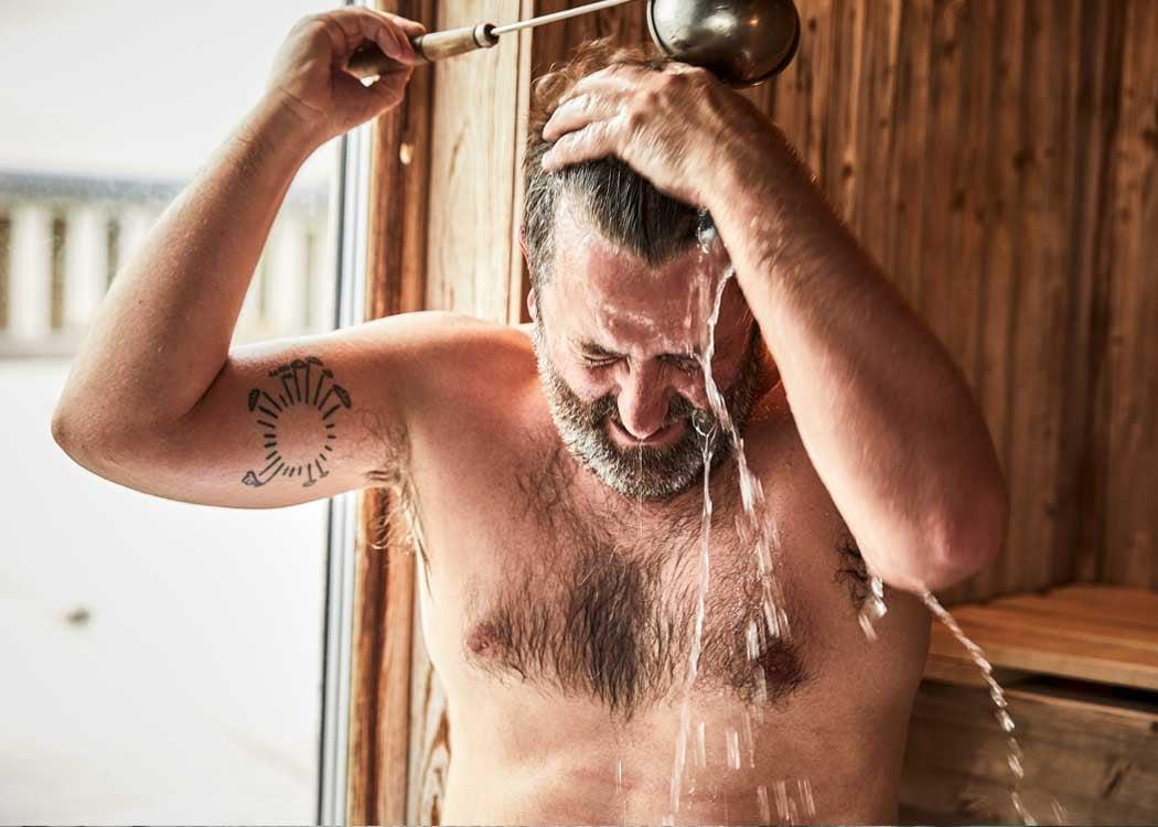 Sauna_bathing_relaxation.jpg