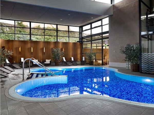 clover_pool_hotel_skansen