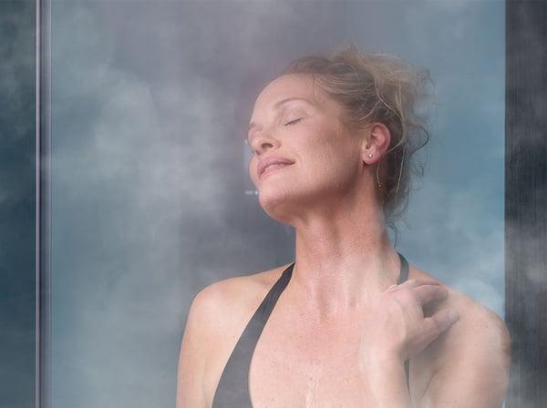 woman_in_steam_sauna